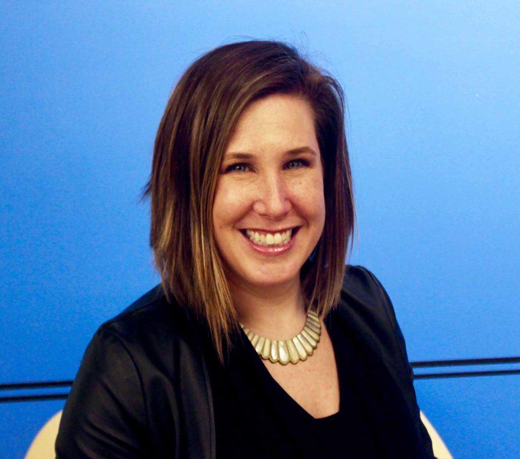 Julie Hammerman smiling in headshot
